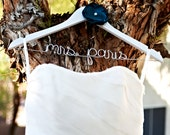 Engagement Gift - Wedding Dress Hanger - Personalized Hanger - Engagement Gift - Bridesmaids Gifts - Wire Name Hanger - Hangar