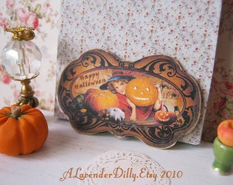 Halloween Chalkboard Sign for Dollhouse