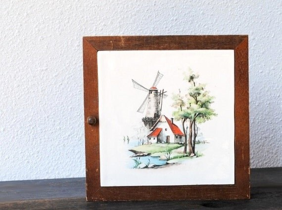 Vintage Wood Cabinet Box Key Holder Windmill By