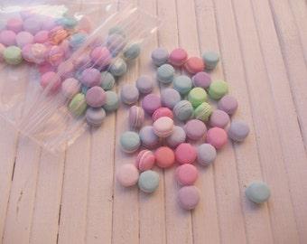 25 units macarons  1.12 th