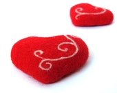 Set of 2 heart magnets. Needle felted red hearts. gift for couple. home decor gift under 25 - VladaHom