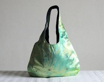 Tie-dye Green Flowers Hobo Tote Bag - Spring Fashion