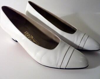 Salvatore Ferragamo White Leather Heels - Italian Women's Pumps Shoe Size 9