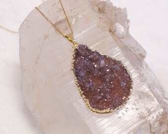 ON SALE-Druzy- Druze-Drusy- Amethyst-Raw mineral- Agate- Sparkling-Gold Necklace