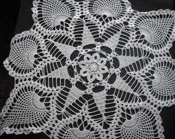 White Pineapple Centerpiece Doily./ Tablecloth / Tabletopper