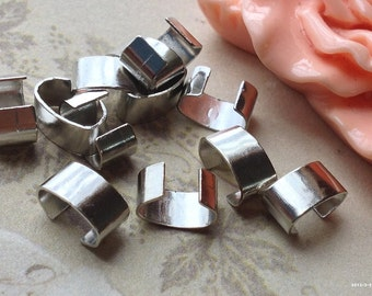8 x 4 mm Platinum Plated Thread Clasps (.tm)