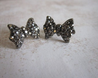 Gunmetal Rhinestone Crystal Bow Stud Earrings