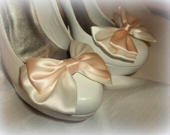 Wedding Bridal Bow Shoe Clips, Bridal Shoe Clips, Wedding Shoe Clips, womens, teens, Clips for wedding shoes bridal shoes, gifts for her