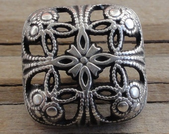 "10 Large Square Silver Metal Filigree Buttons - 5/8"" with Shank"