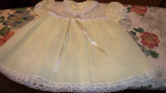Vintage JC Penney Accordion Pleat Baby Girl Dress 12 Month