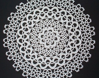 Vintage round tatted lace doily white unused new condition