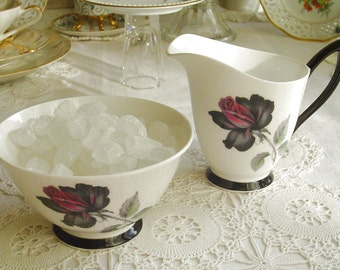 Masquerade - Royal Albert - 1970s Vintage - Smokey Rose - SUGAR BOWL & CREAMER - Bone China - Stoke-on-Trent, Staffordshire, England
