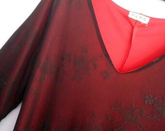 Vintage BCBG Paris Dress in a Sheath Style Size Medium