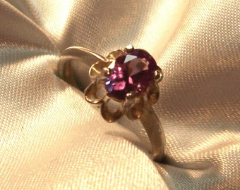 CLEARANCE SALE Rare Estate Lab Color Change  ALEXANDRITE 1 carat Sterling Silver  Ladies ring size 7 Shop or Layaway for Christmas Now