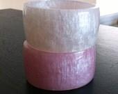 ON SALE  Lavender Pink Pearl Bangle