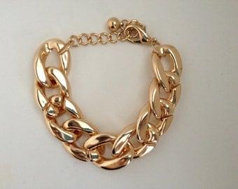 FREE SHIPPING--Gold Chain Bracelet--gold bangle