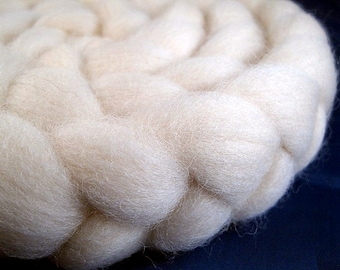 Natural Shetland Wool Roving -- 4 oz.