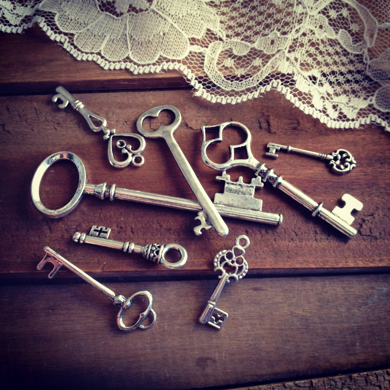 8 pcs skeleton key charms antique silver key charm victorian - Vintage style images ...