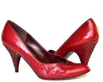 Vintage Studded Wine Leather Heels 6.5 Vtg Wine Leather Pumps 6.5