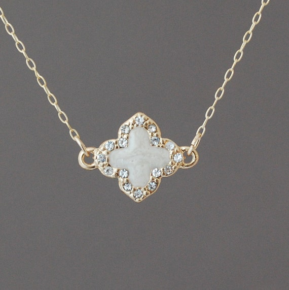 Crystal White Gold Clover Necklace