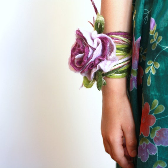 Bridal hair accessories, bridesmade, flower girl accessories - felted purple / lilac / green rose flower - flower necklace, bracelet