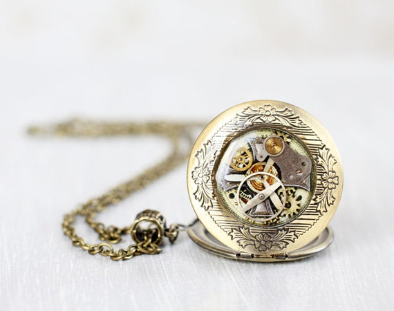 Steampunk locket necklace - Antique Watch Movements - Steampunk Jewelry