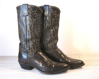 Vintage Cowboy Boots, JUSTIN Pointy Toe, Brown All Leather, Men's sizing 9 D / Women's size 10.5