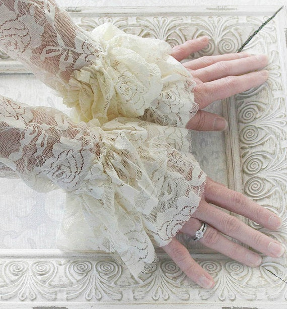 ANGEL vintage Victorian steampunk lace cuffs, fingerless lace gloves in creamy ivory lace, free gift packaging