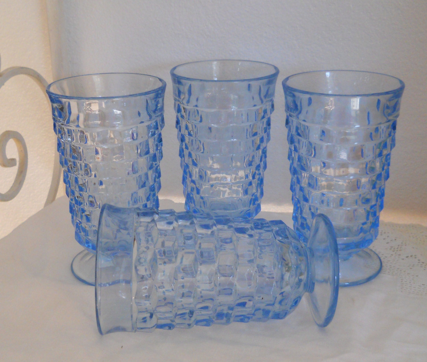 Blue Drinking Glasses Set