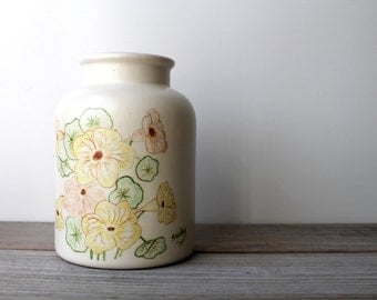 Vintage Evans Ceramics retro vase / 1970s floral vase / retro home decor / storage jar / retro kitchen decor / signed American pottery vase