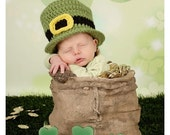 Newborn's St. Patrick's Day Leprechaun Green Crochet Top Hat