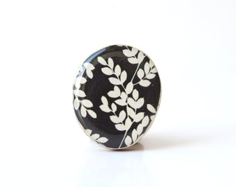 Black and White leaf Cocktail Ring, black statement ring, wood statement ring, bridesmaid jewelry, Starlight Woods,  eco friendly