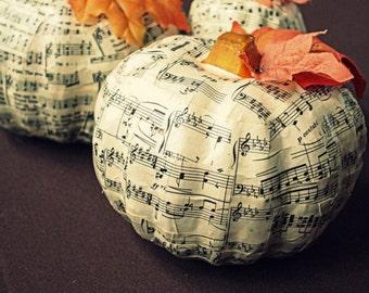 Sheet music pumpkin