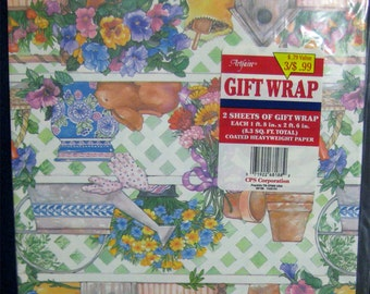 2 Sheets Vintage Garden Spring Wrapping Paper