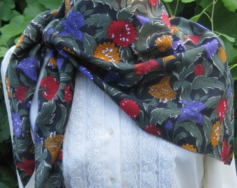 Vintage Cotton/Poly Triangle Floral Scarf