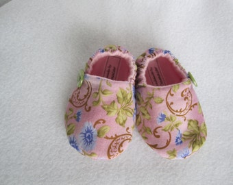 Baby girl's cotton crib shoes in pink, blue, green floral print fleece-lined RTS