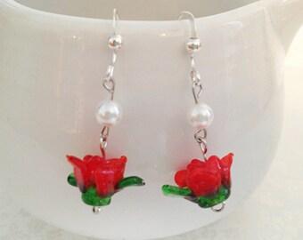 Red Rose Dangle Earrings. Pearls. Glass Roses. Romantic. Love. Green. Silver Hooks. Whimsical. Summer. Spring. Flowers. 10 Dollars