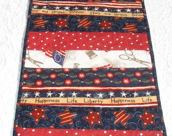 4th of July   Independence Day    Memorial Day   Veteran's Day   Table Runner Quilt   Red  White Blue  Stars  Stripes  Flag