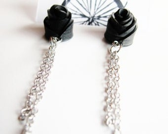 Black Rose Chain Earrings - Recycled Jewelry - handmade - rose earrings - bike - bicycle - innertubes