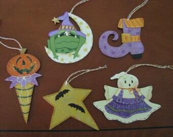Halloween ornies, Halloween, ghost, star, frog, witch's shoe, pumpkin, cone, wood