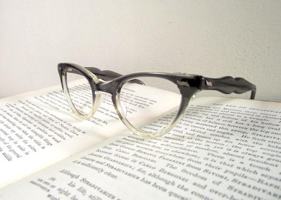 Large Framed Cat Eye Reading Glasses : 1950s Cats Eye Ladies Vintage Eyewear. by VintageAndLoved ...