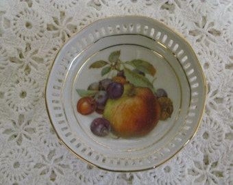 Schumann Germany reticulated dish