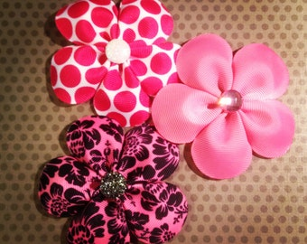 Set of 3...Assorted Pink Flower Hairclips...Girls Hairbows...Baby/Infant Hairbows...Hairclips