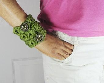 Green Cuff Bracelet, Bead Bracelet, Crochet, Gypsy Jewelry, Hippie, Olive