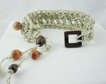 Natural Hemp Bracelet, Wood Bead Bracelet, Macrame, Gypsy Jewelry, Hippie, Tan, Beige, Beach Jewelry