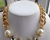 Sharon: Clear  Gold Chunky Necklace