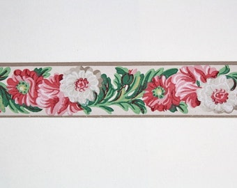 Full Vintage Wallpaper Border - TRIMZ - Pink and White Flowers with Green Leaves