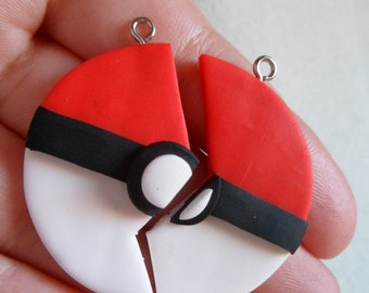 Pokemon - Pokeball friendship necklace
