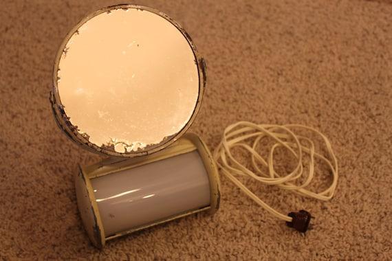 vintage lighted vanity mirror all original works shabby. Black Bedroom Furniture Sets. Home Design Ideas