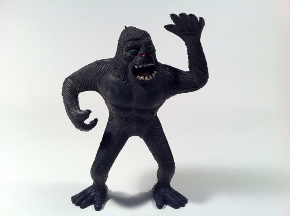 Vintage 1976 Imperial Toys 7 Inch Rubber King Kong Gorilla